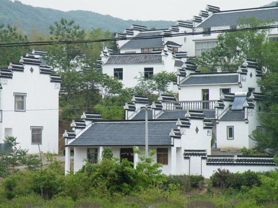 石塘竹海的村子